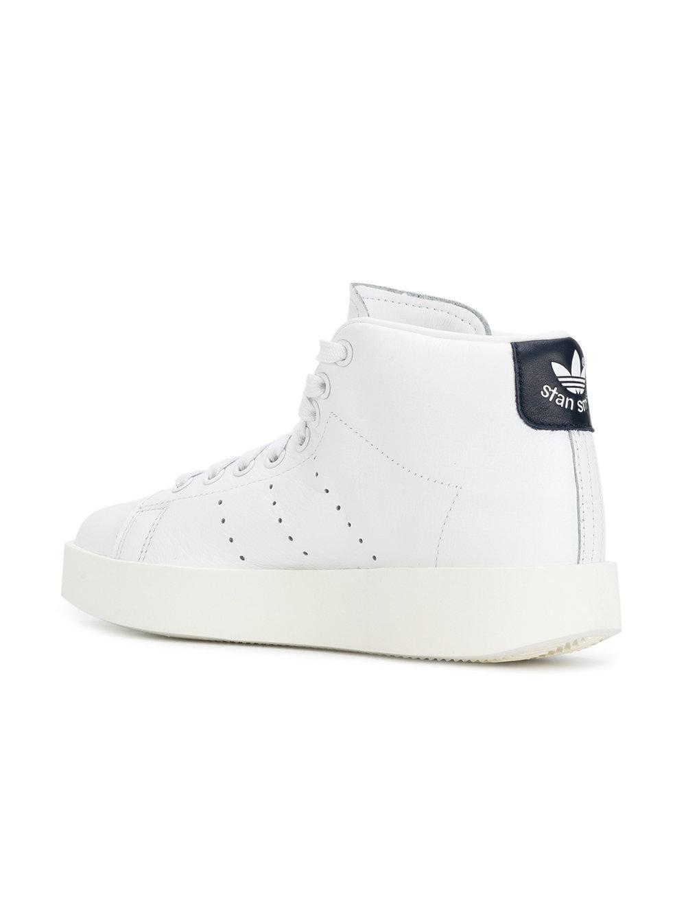 newest 718ee 82650 Gallery. Previously sold at Farfetch · Womens Adidas Stan Smith ...