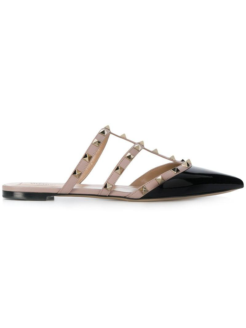 26a256a8a4ff Valentino Garavani Rockstud Slippers in Black - Save 4% - Lyst