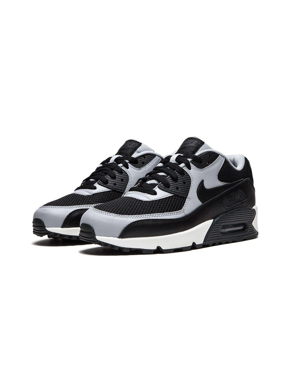 quality design 876a1 26dd8 Nike Air Max 90 Essential Sneakers in Black for Men - Lyst