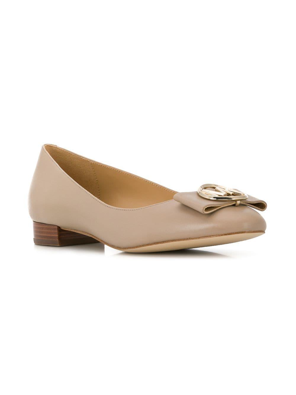 b0905b474b4 Michael Michael Kors Logo Plaque Ballerina Shoes in Natural - Lyst