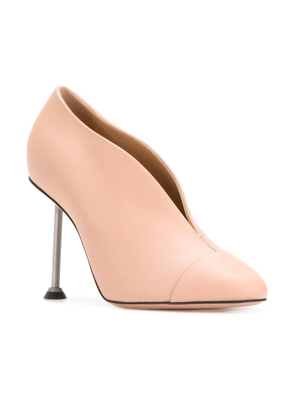 Dorothy pumps - Nude & Neutrals Victoria Beckham MmMAx