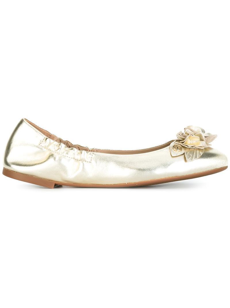 391de591f38 Lyst - Tory Burch  blossom  Ballerinas in Metallic