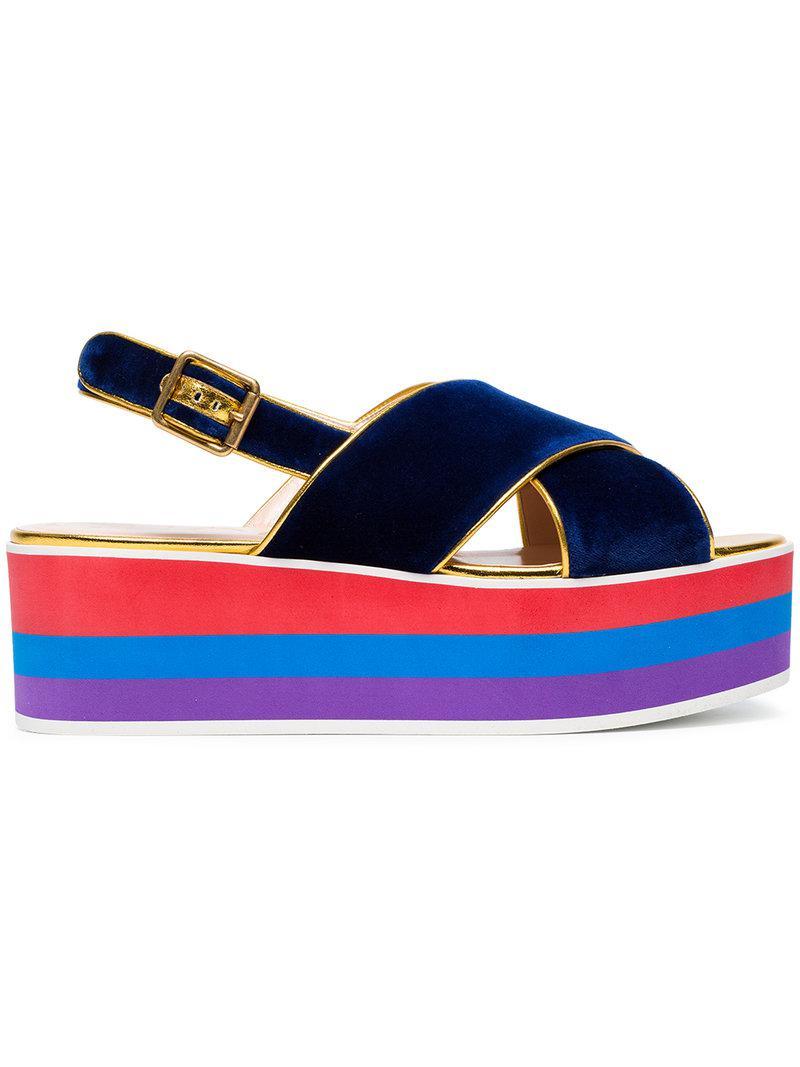 f5289666c7d3 Lyst - Sandales à semelle plateforme Gucci en coloris Bleu