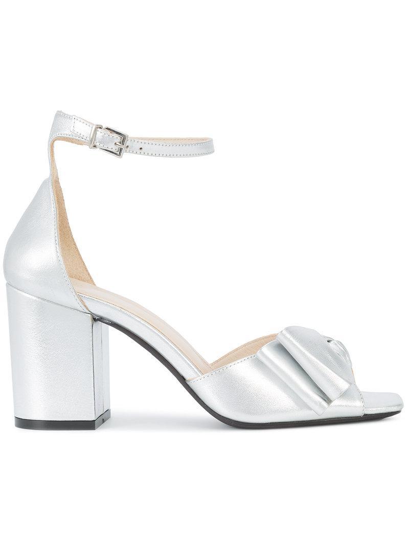 cb7e4cbe09069d Lyst - Anine Bing Bow Sandals in Metallic
