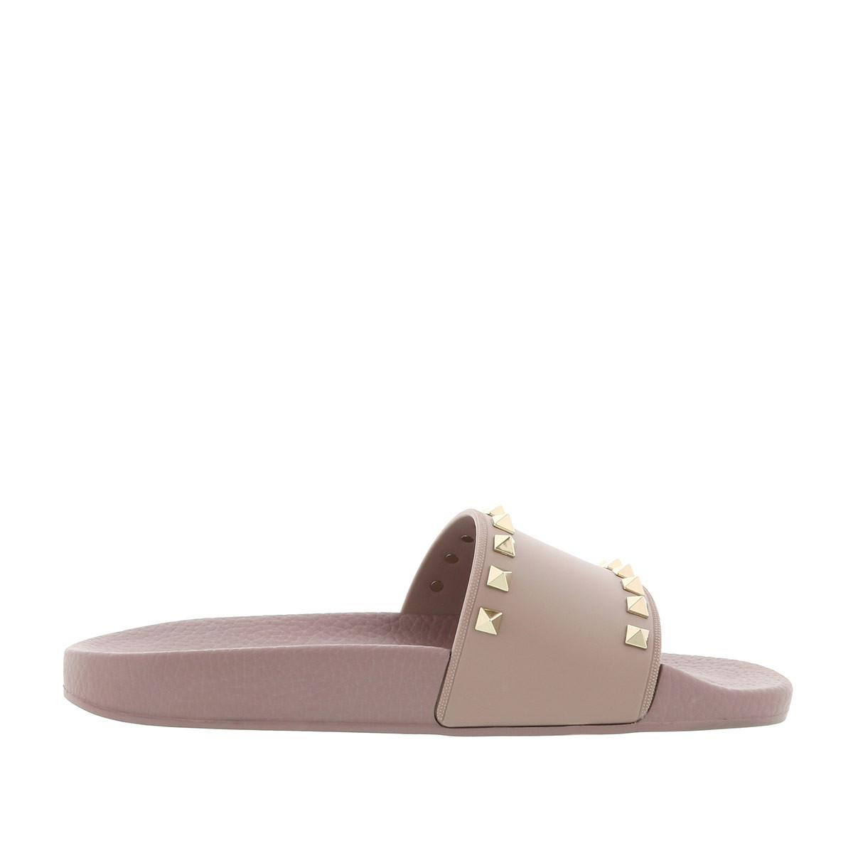 d16f1b8d46 Gallery. Previously sold at: Fashionette · Women's Valentino Rockstud