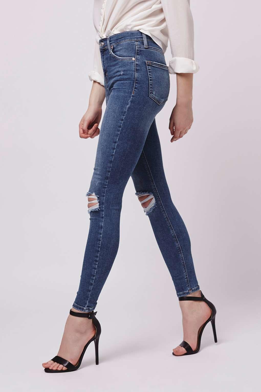 d1a9c9747e9 TOPSHOP Moto Rip Jamie Jeans in Blue - Lyst