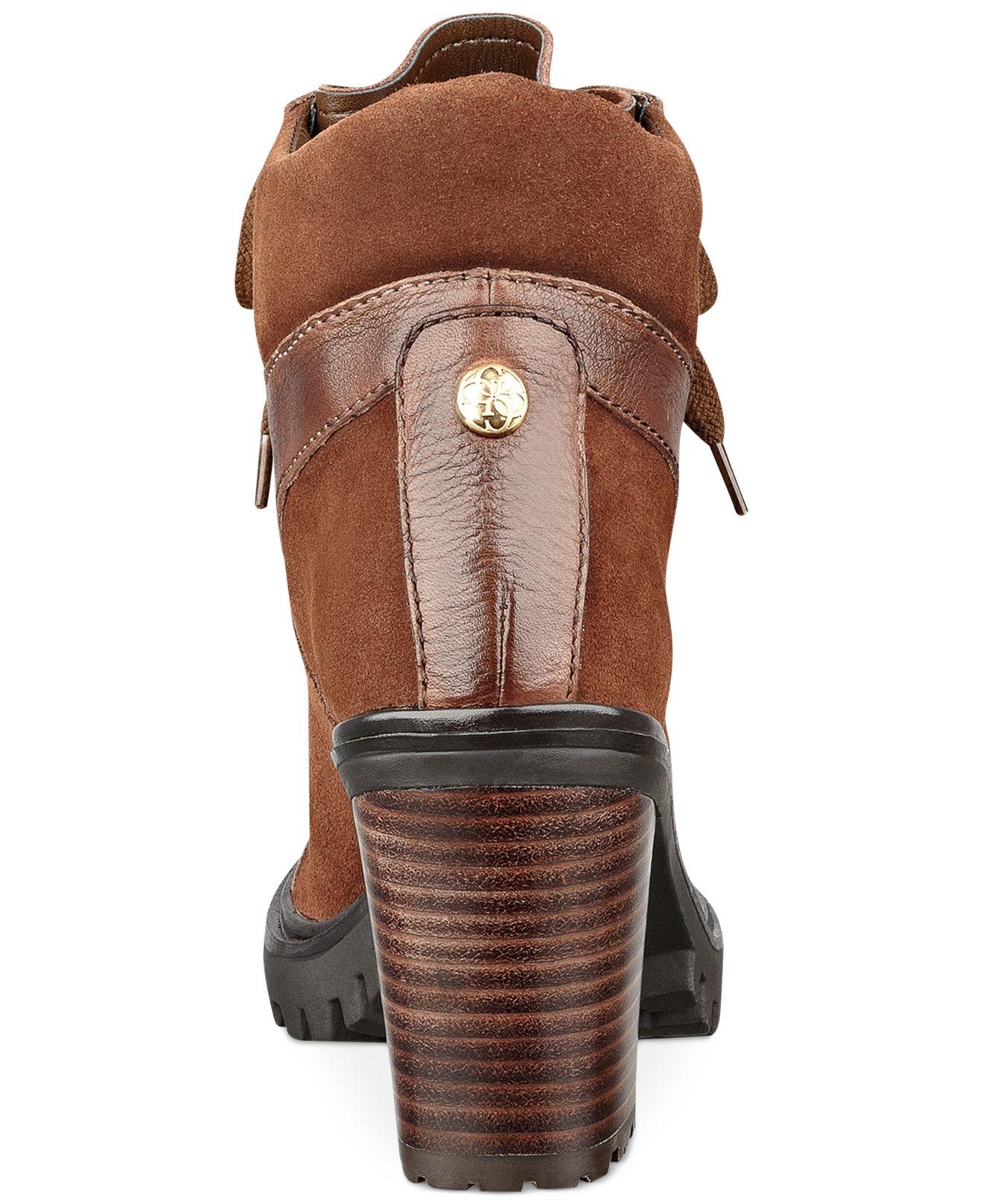 Lug bottom heel boot