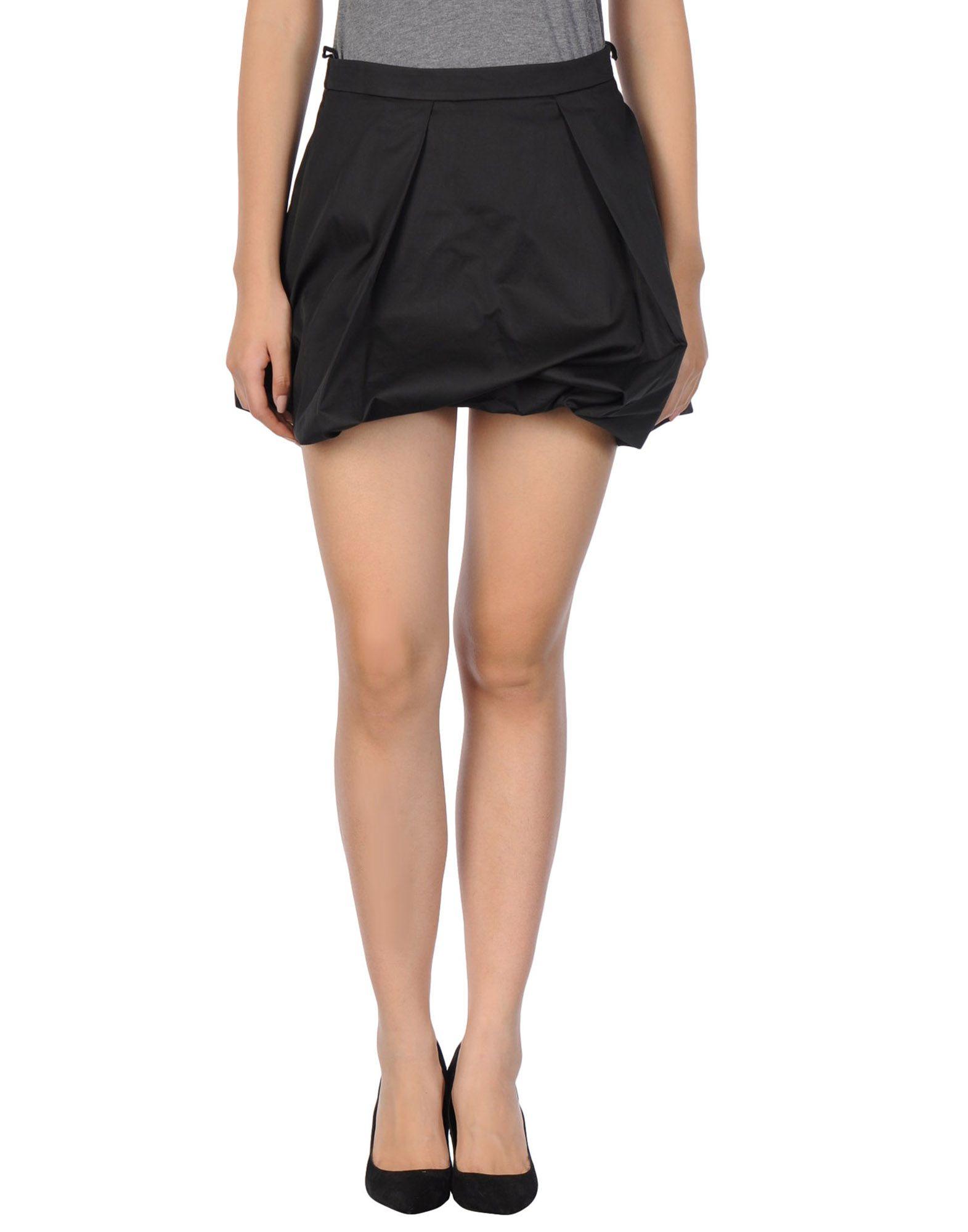 Armani Skirt 47