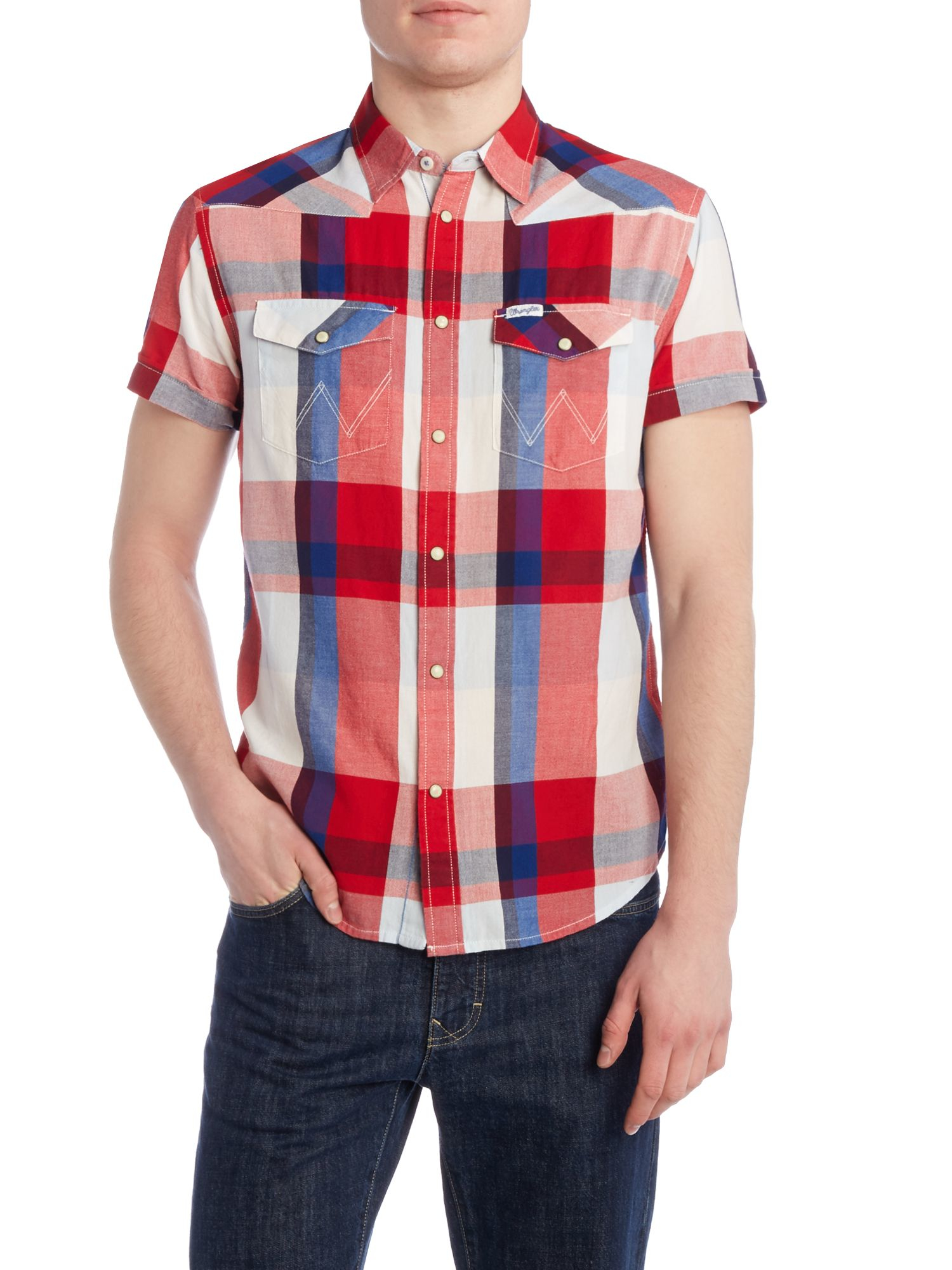 Wrangler regular fit button down short sleeve check shirt for Button down shirts for short men