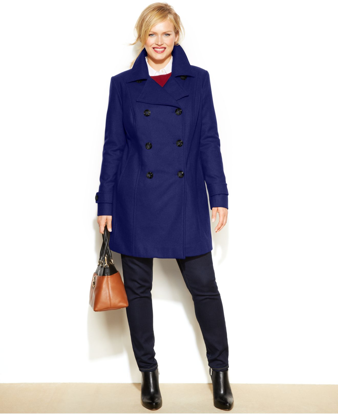 Free shipping and returns on women's business casual clothing at robyeread.ml Shop for business suits, blazers, dresses and more. Check out our entire collection.