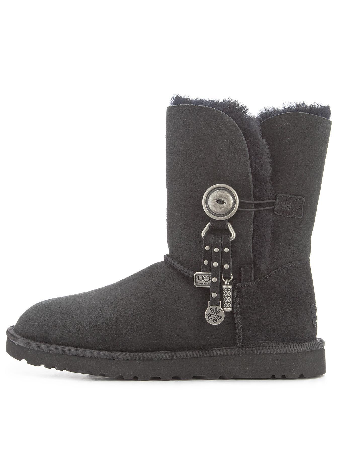 dbe784ed7f3 Ugg Australia Azalea Charm Boots