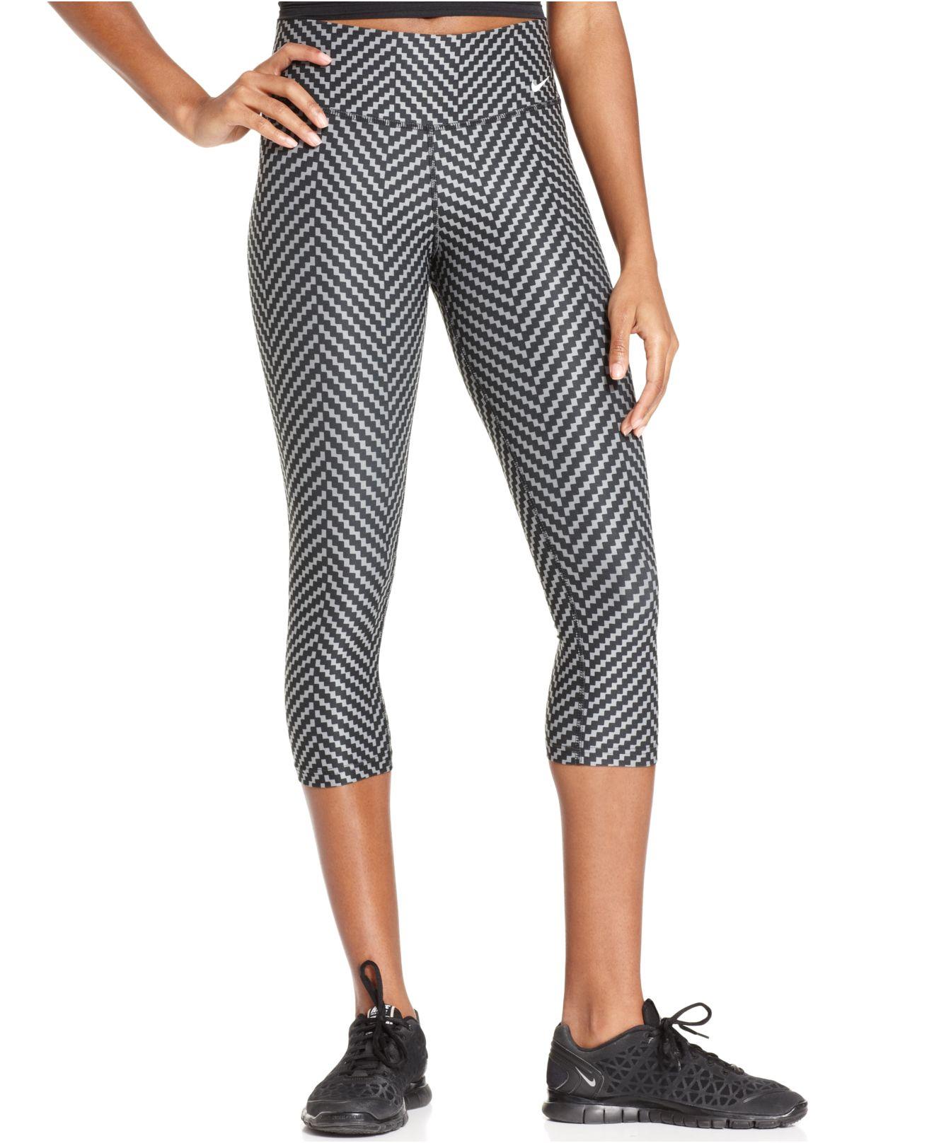 ff959828ee7d4 Lyst - Nike Legend 20 Printed Drifit Capri Leggings in Gray