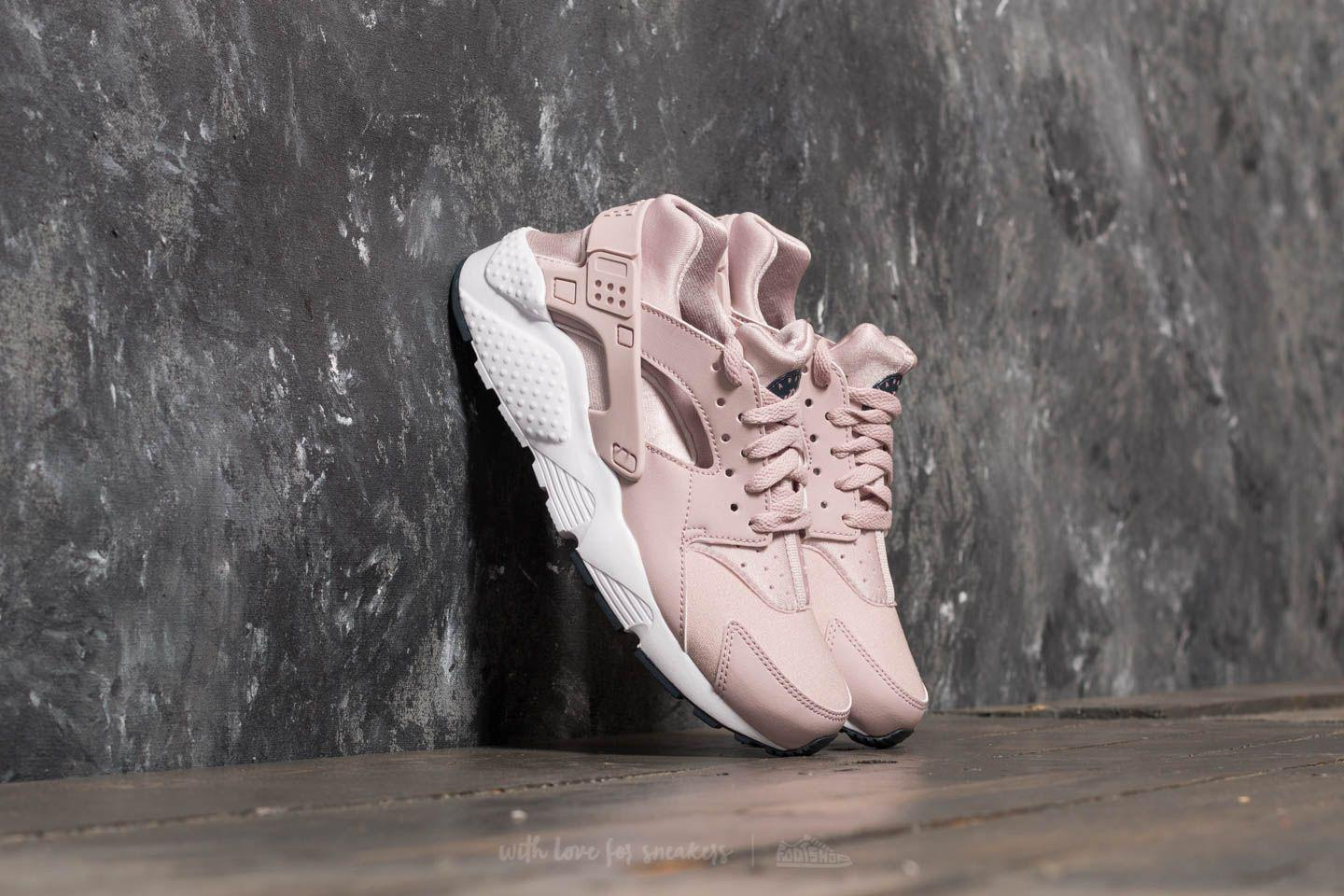 big sale bbbef 3223a Nike Huarache Run (gs) Particle Rose  Particle Rose - Lyst