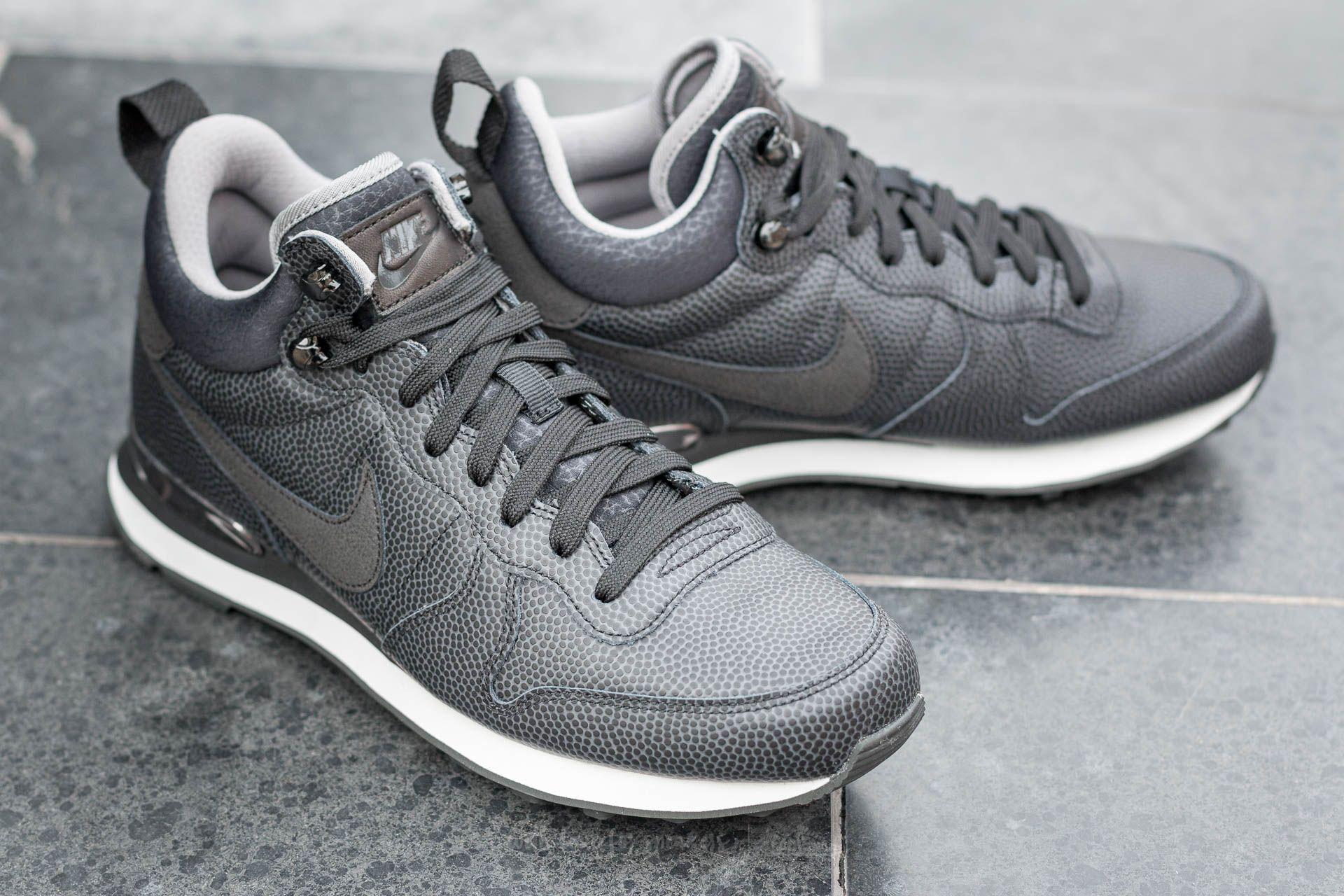 85724627cbf7 Lyst - Nike W Internationalist Mid Leather Black  Black-deep Pewter ...