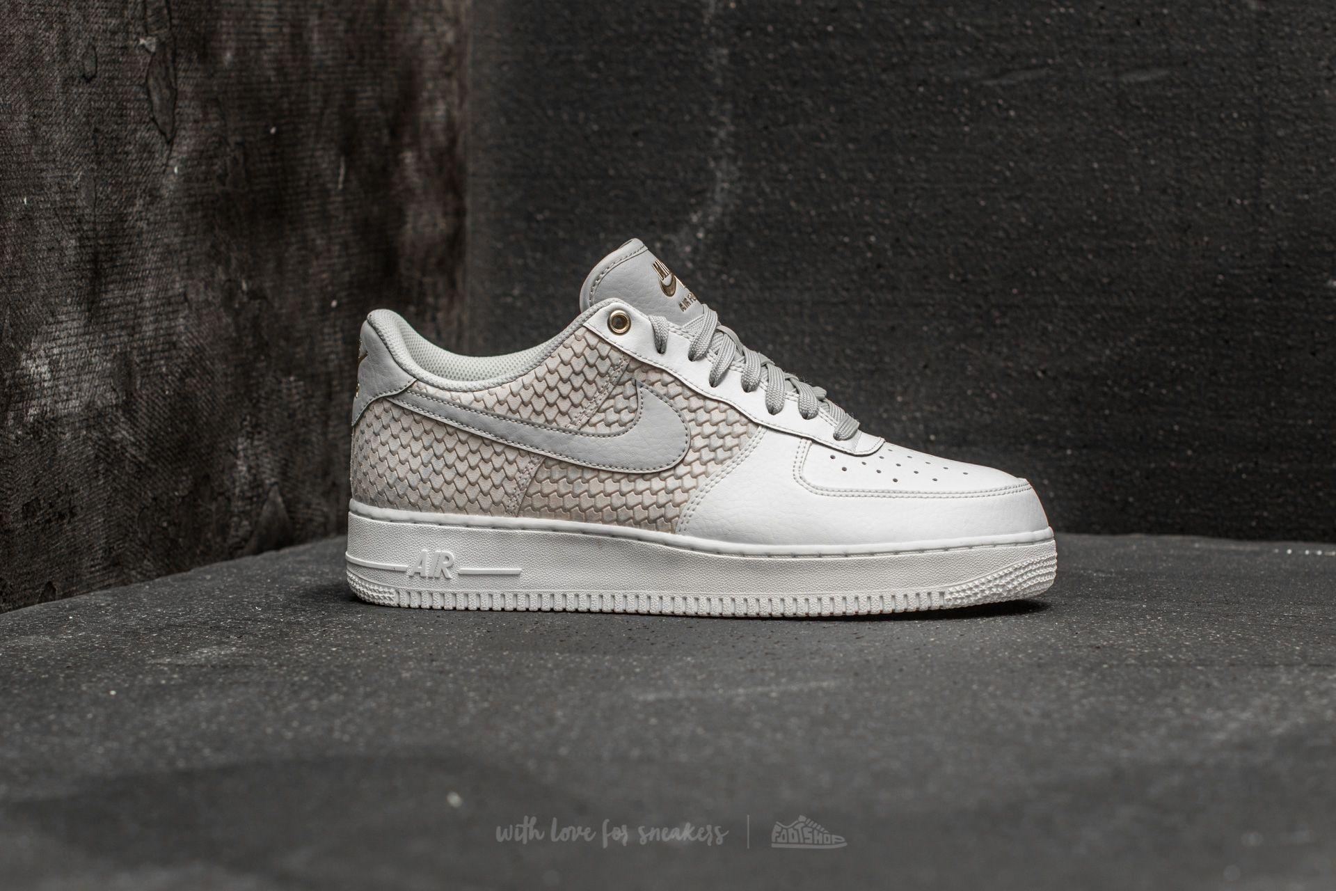 reputable site 24119 95c82 Gallery. Previously sold at  Footshop · Women s Nike Air Force