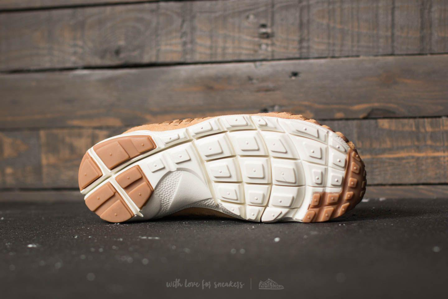 separation shoes aacd2 f4f4e Nike Air Footscape Woven Chukka Flax  Flax-sail-gum Med Brown in ...