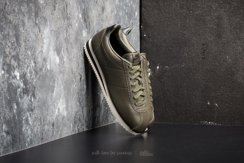 Nike. Men's Classic Cortez Leather ...