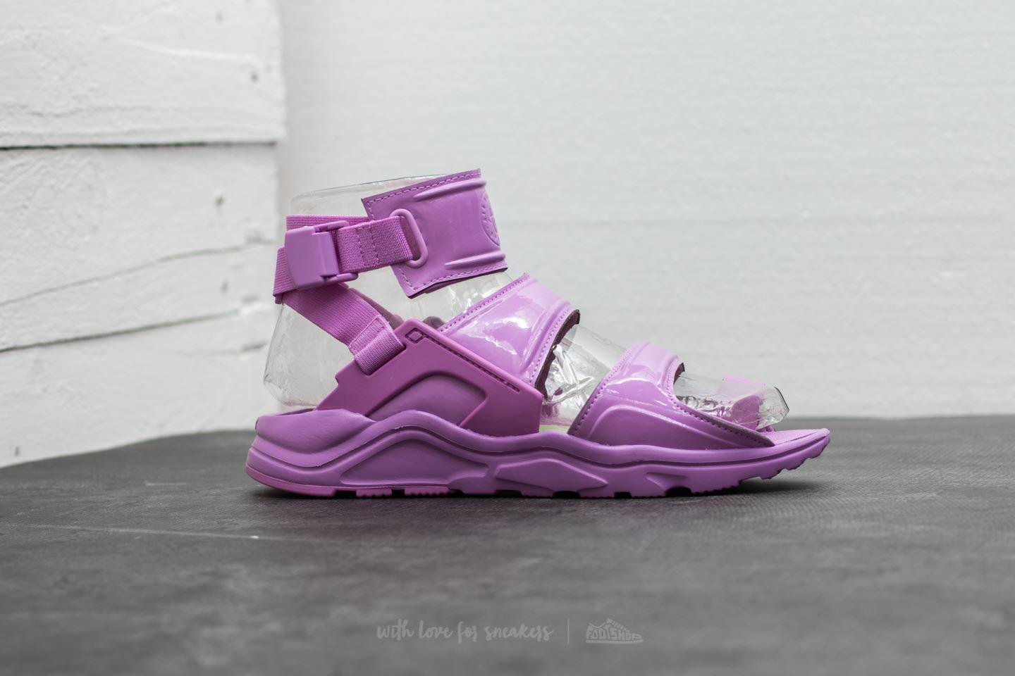 497911ec2043 Gallery. Previously sold at  Footshop · Women s Nike Air Huarache ...