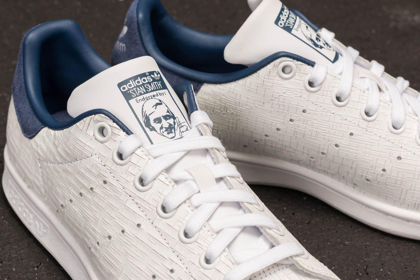 newest aa4cb a48a0 Gallery. Previously sold at Footshop · Mens Adidas Stan Smith Womens ...