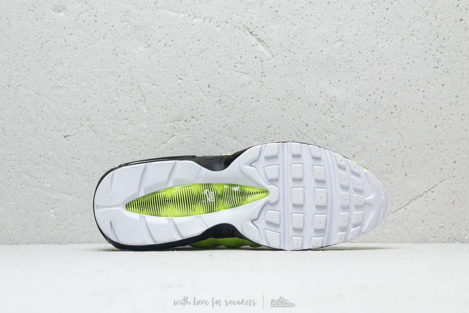 f9fc440be4a Gallery. Previously sold at  Footshop · Women s Nike Air Max ...