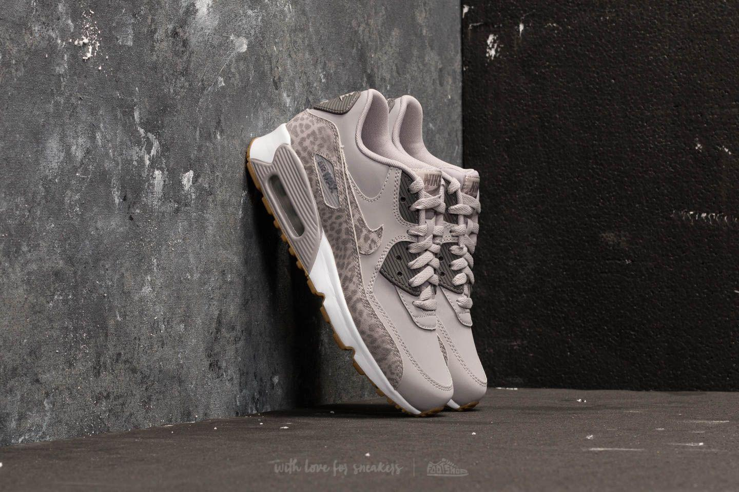 size 40 ff104 e1196 Gallery. Previously sold at  Footshop · Women s Nike Air Max Women s Nike  Air Max 90