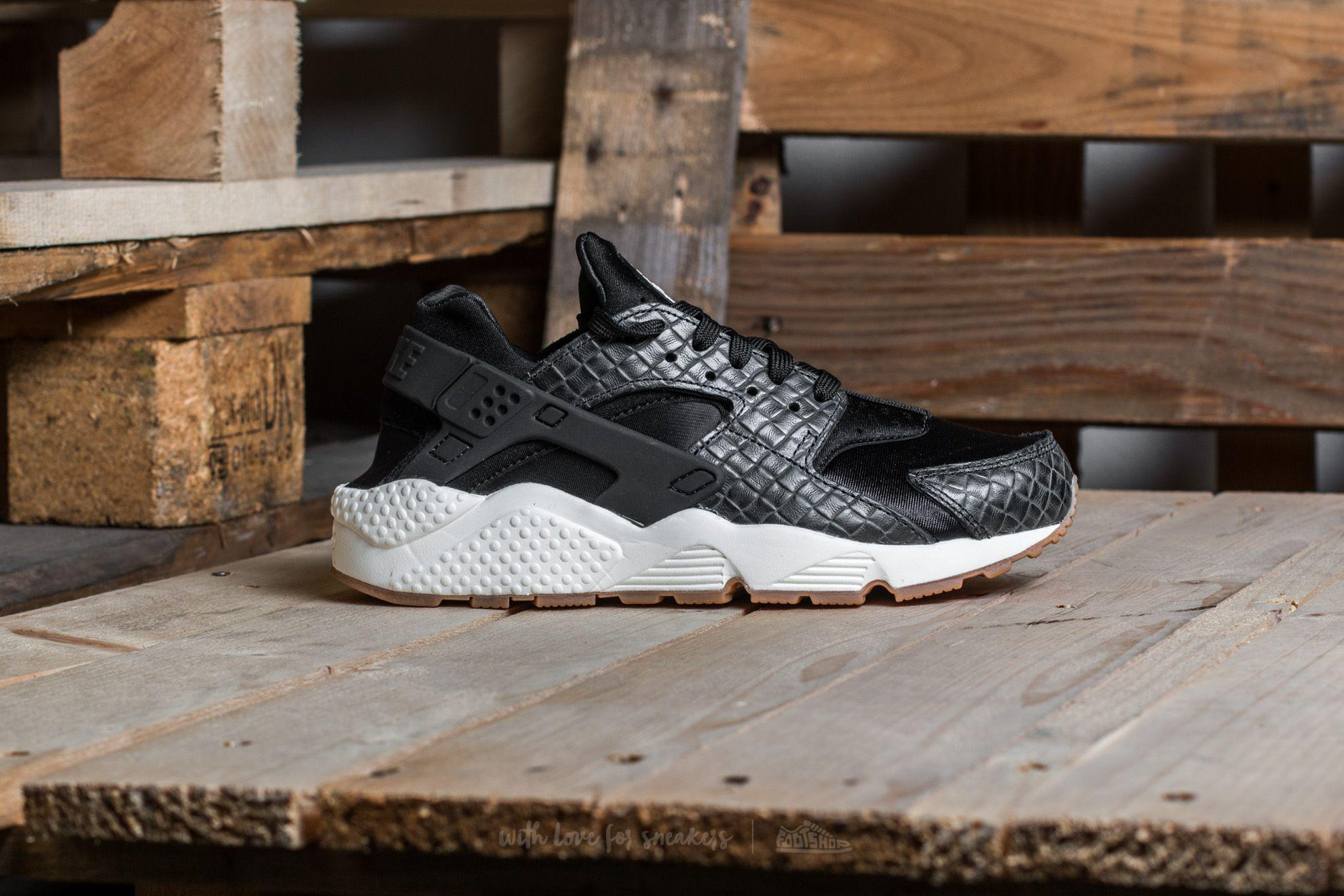 a9c5648b682b Gallery. Previously sold at  Footshop · Women s Nike Air Huarache ...