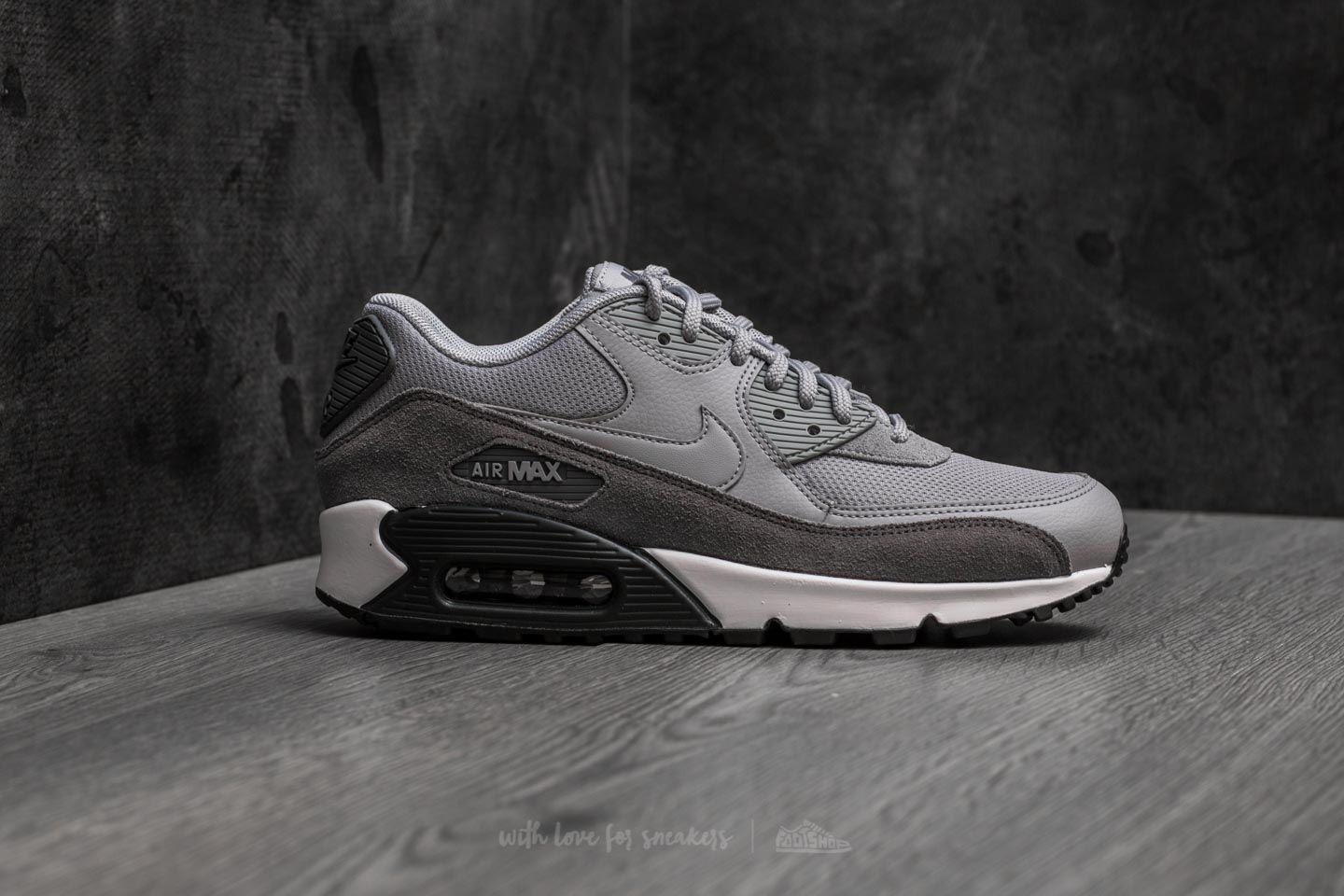 sports shoes 55565 4501b Gallery. Previously sold at  Footshop · Men s Air Max 90 Sneakers