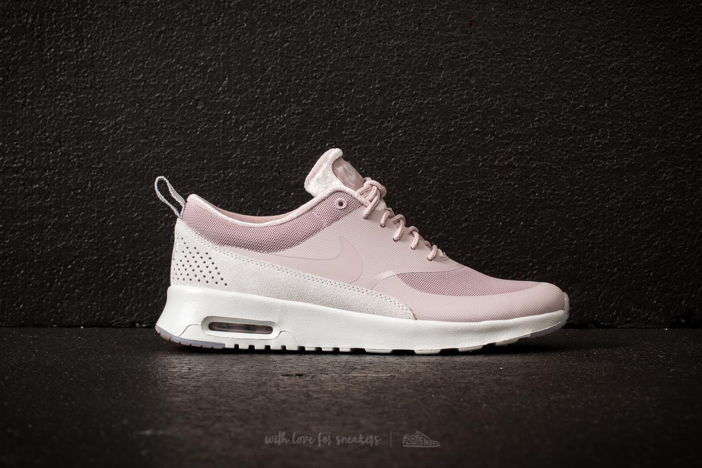 new product 6197f cb89e Gallery. Previously sold at Footshop · Womens Nike Air Max ...