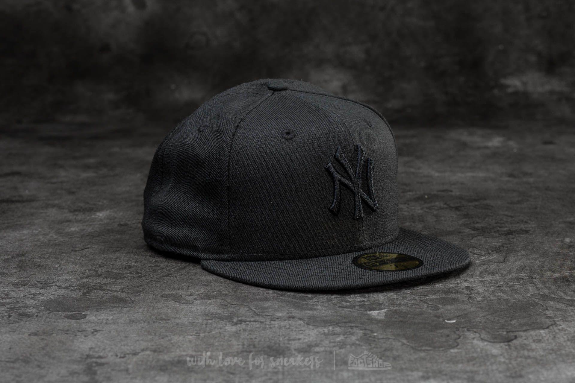 91a45742ff7 ... buy ktz. mens 59fifty black on black new york yankees cap black 97cea  83bb3 ...