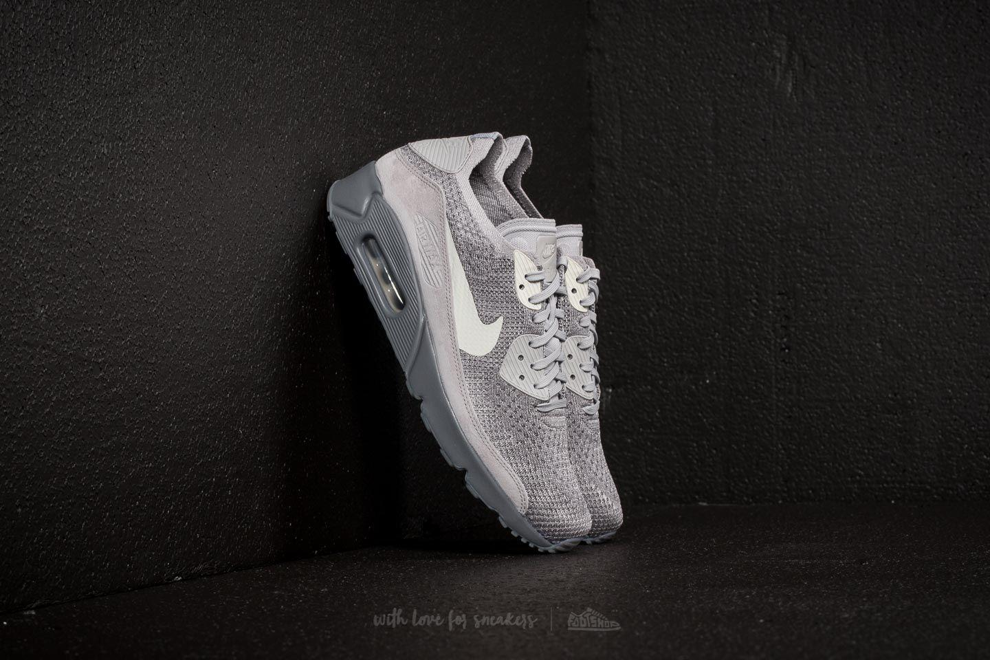 40c7f421bf9 Gallery. Previously sold at  Footshop · Men s Nike Flyknit Men s Air Max 90  ...