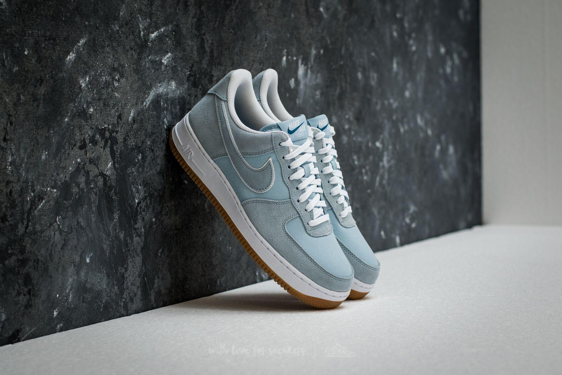 7158b3d36 Gallery. Previously sold at: Footshop · Women's Nike Air Force Sneakers