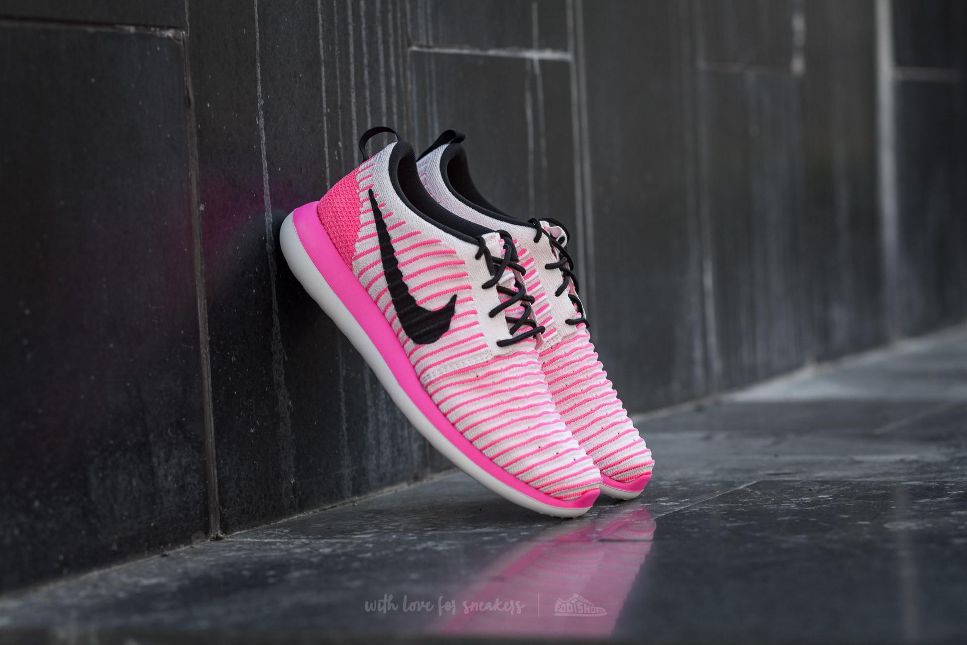 1921c0899460 Womens Roshe Two Flyknit . Nike ...