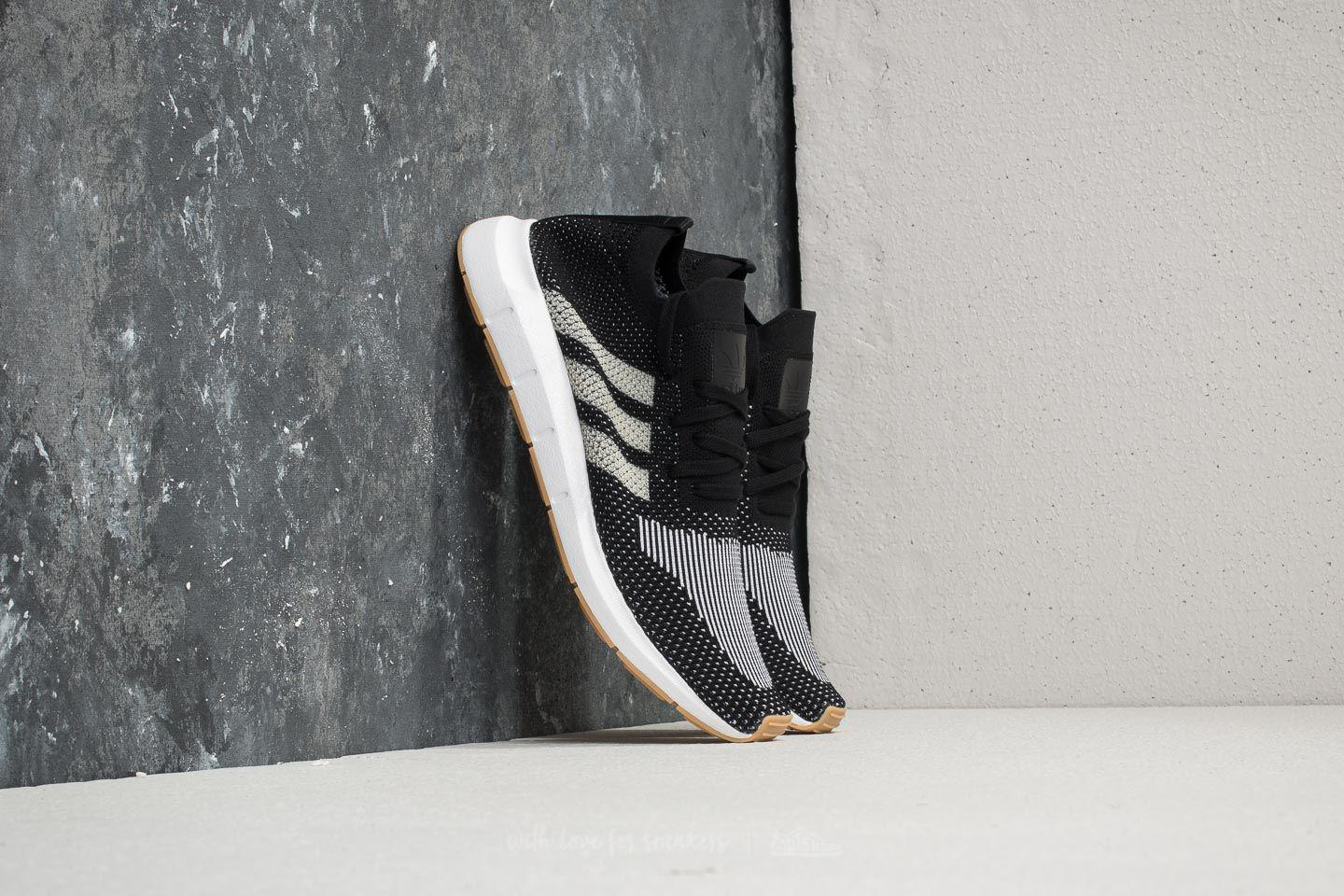 adidas Adidas Swift Run Primeknit Core / Off White/ Ftw White pT3GmJF8T