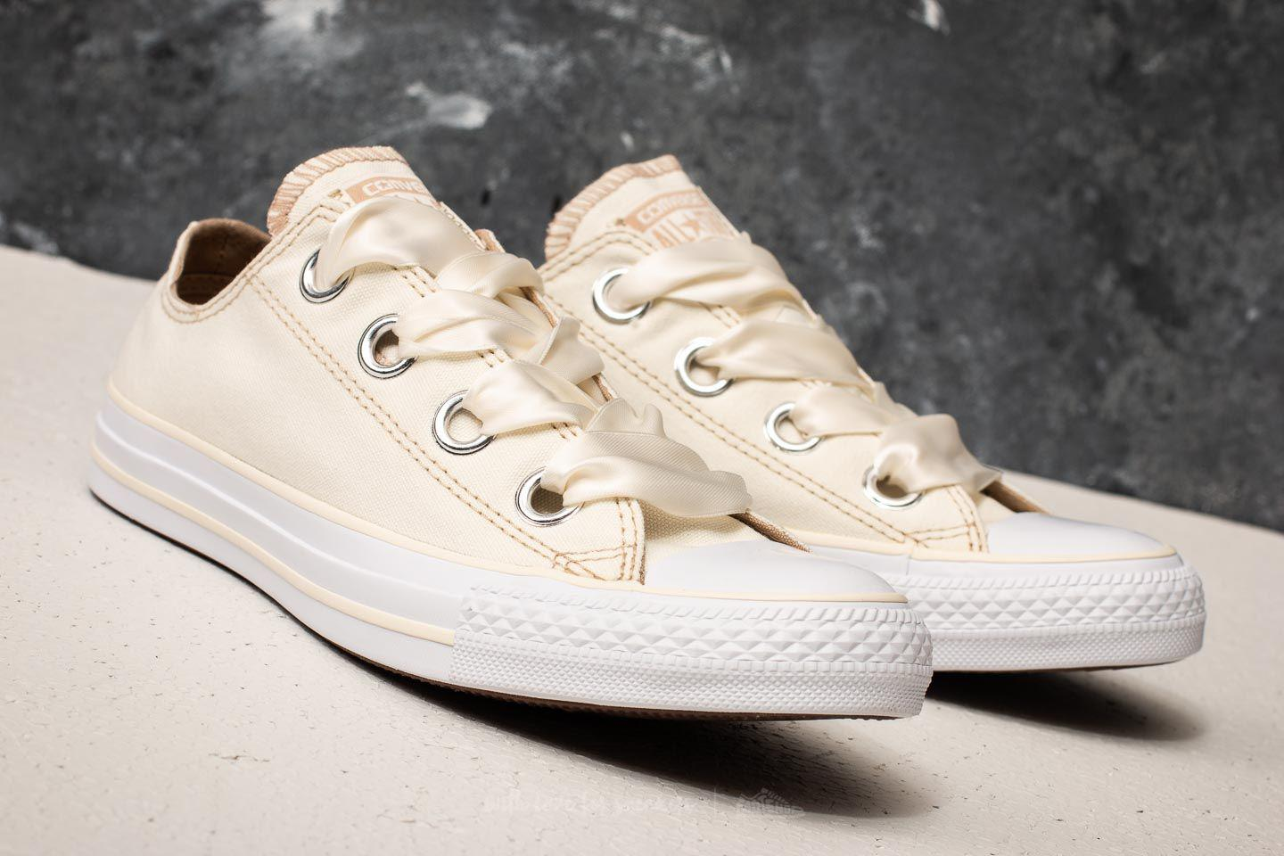 3657d2016896f4 Gallery. Previously sold at  Footshop · Women s Converse Chuck Taylor ...