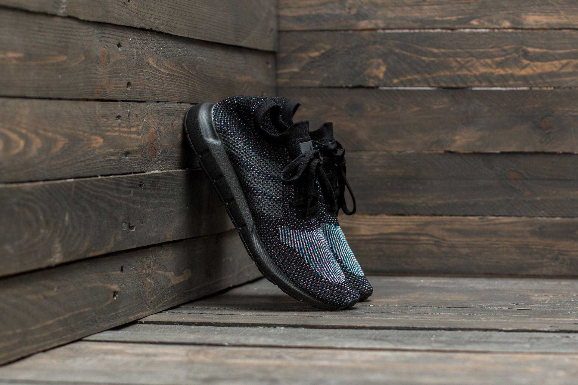 adidas Originals Swift Run Primeknit Black Grey Five De Bajo Costo Para La Venta Asequible rETNa