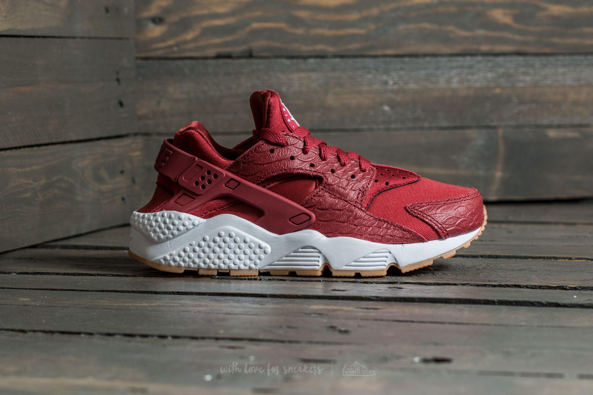 e856a6f32526 Gallery. Previously sold at  Footshop · Women s Nike Air Huarache ...