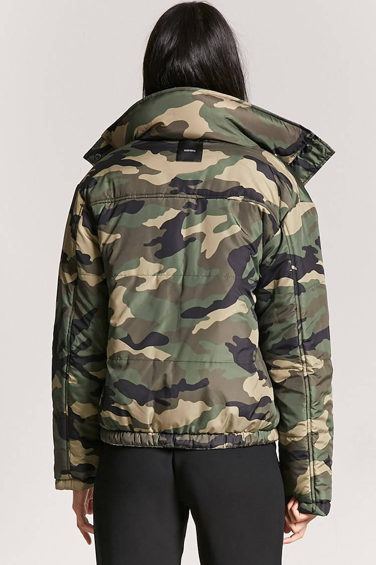 2d519aa635da9 Forever 21 Reversible Camo Print Puffer Jacket in Gray - Lyst