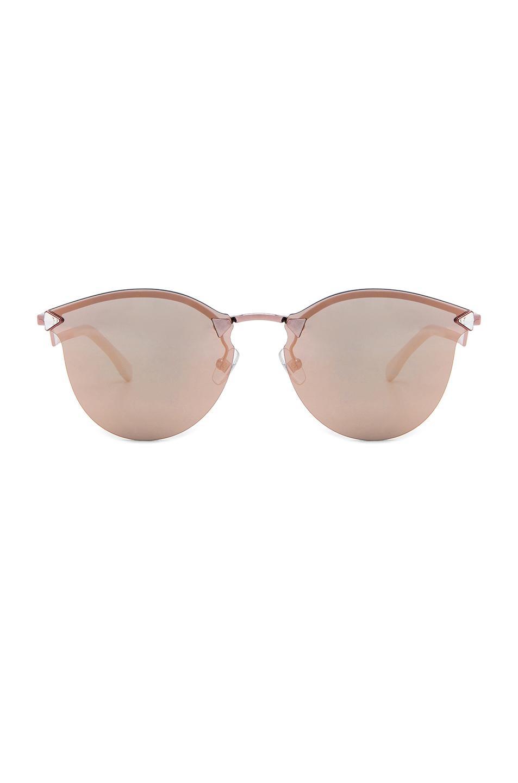 3016a22e07dc Lyst - Fendi Step Arm Sunglasses in Pink
