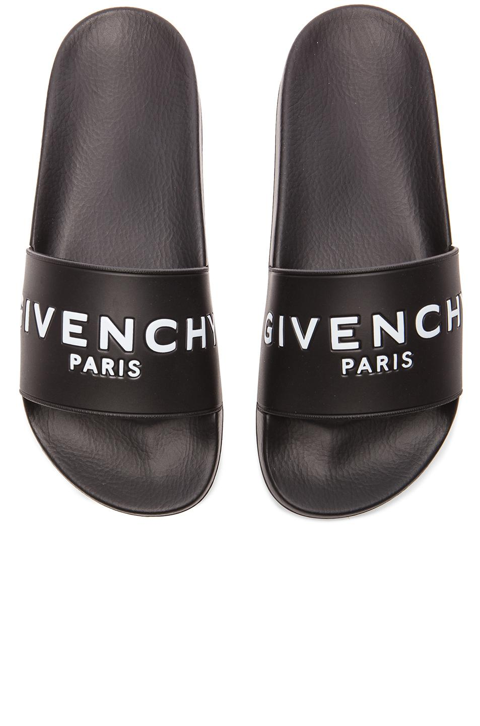 Givenchy Polyurethane Slide Sandals in . S0QeHYC6cp