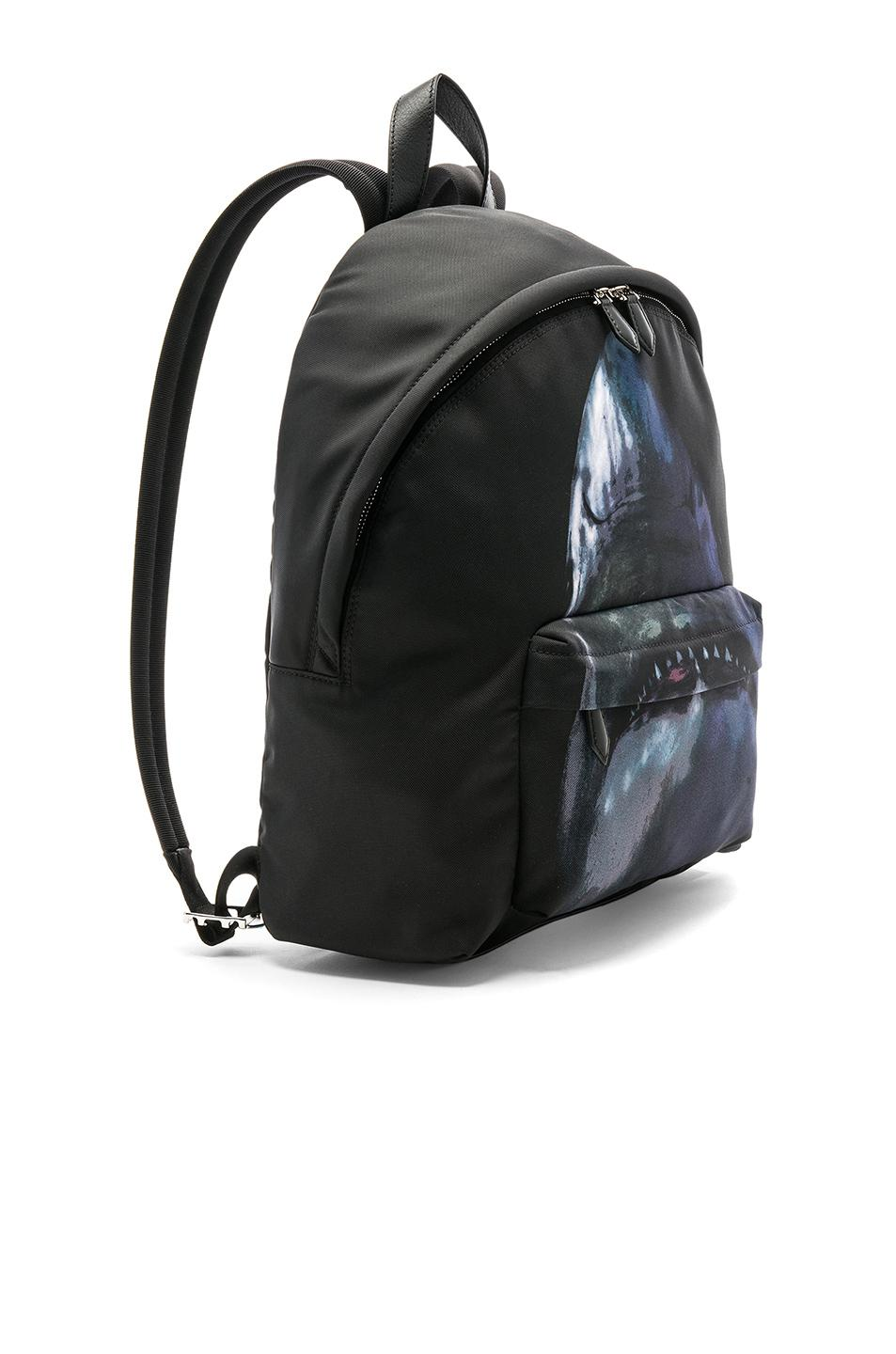 Largest Supplier Cheap Online Buy Cheap Low Price Givenchy Flat Pocket Shark Backpack in Multicolor Buy Cheap Store Outlet Prices Free Shipping Clearance 98glX