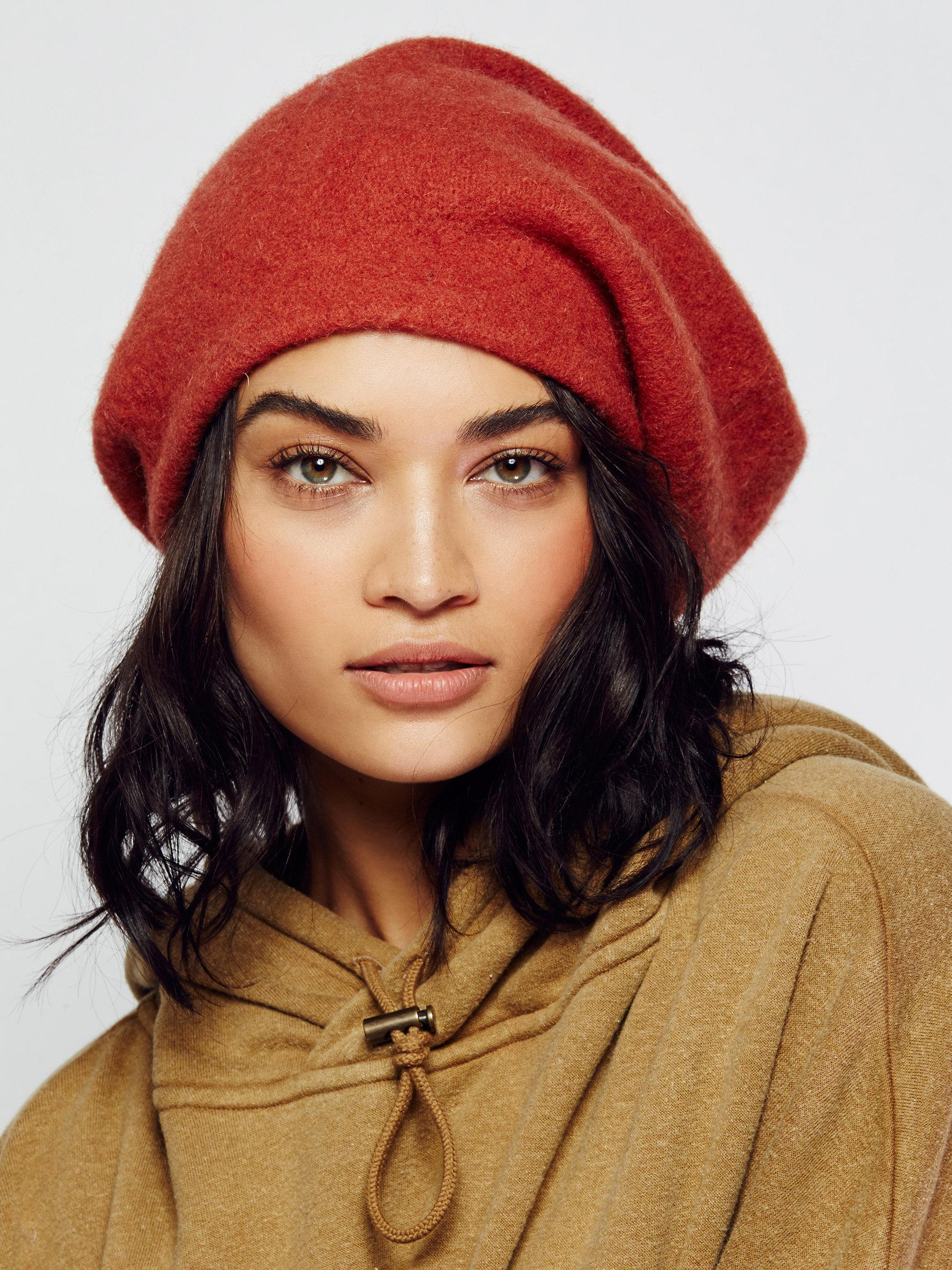 1417452439beb Free People Bisous Slouchy Beret in Orange - Lyst
