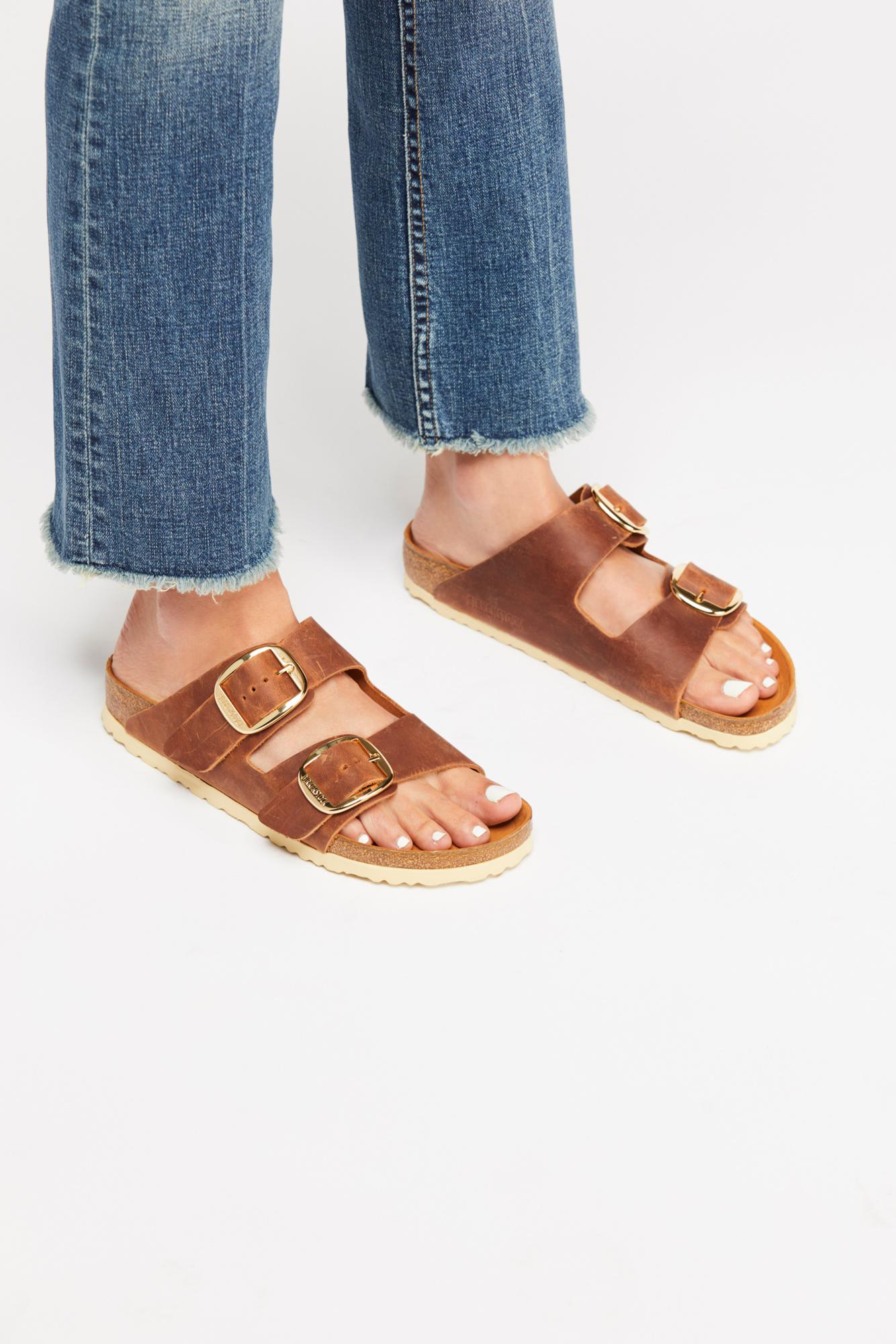 f07ae5ce9cf5e Free People. Women s Arizona Big Buckle Birkenstock Sandal
