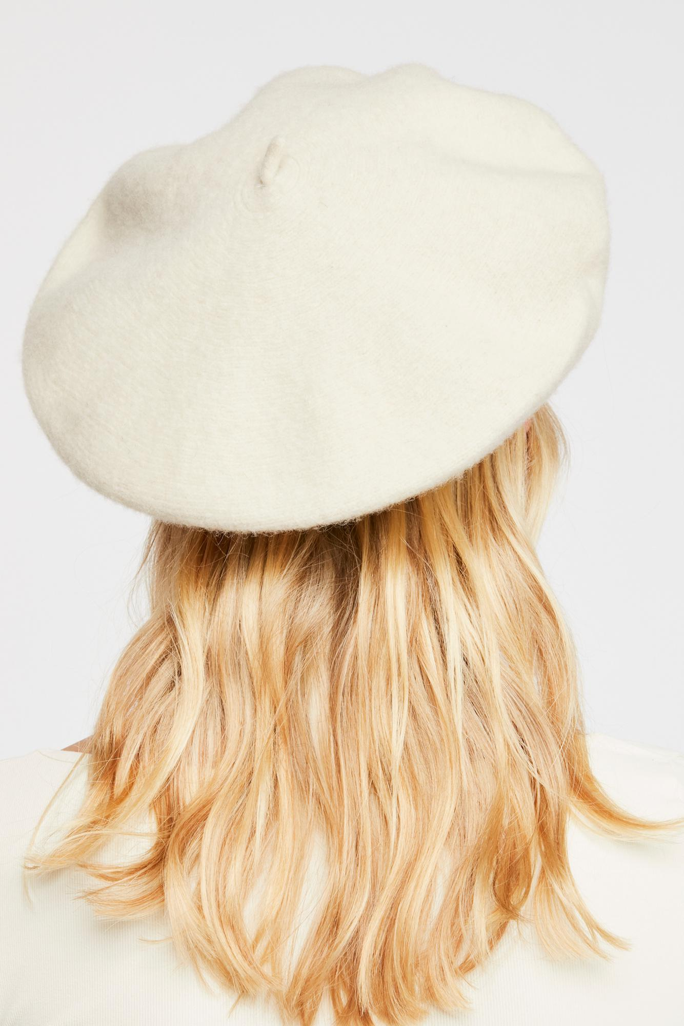 Lyst - Free People Margot Slouchy Beret in Natural 12edd8f6160
