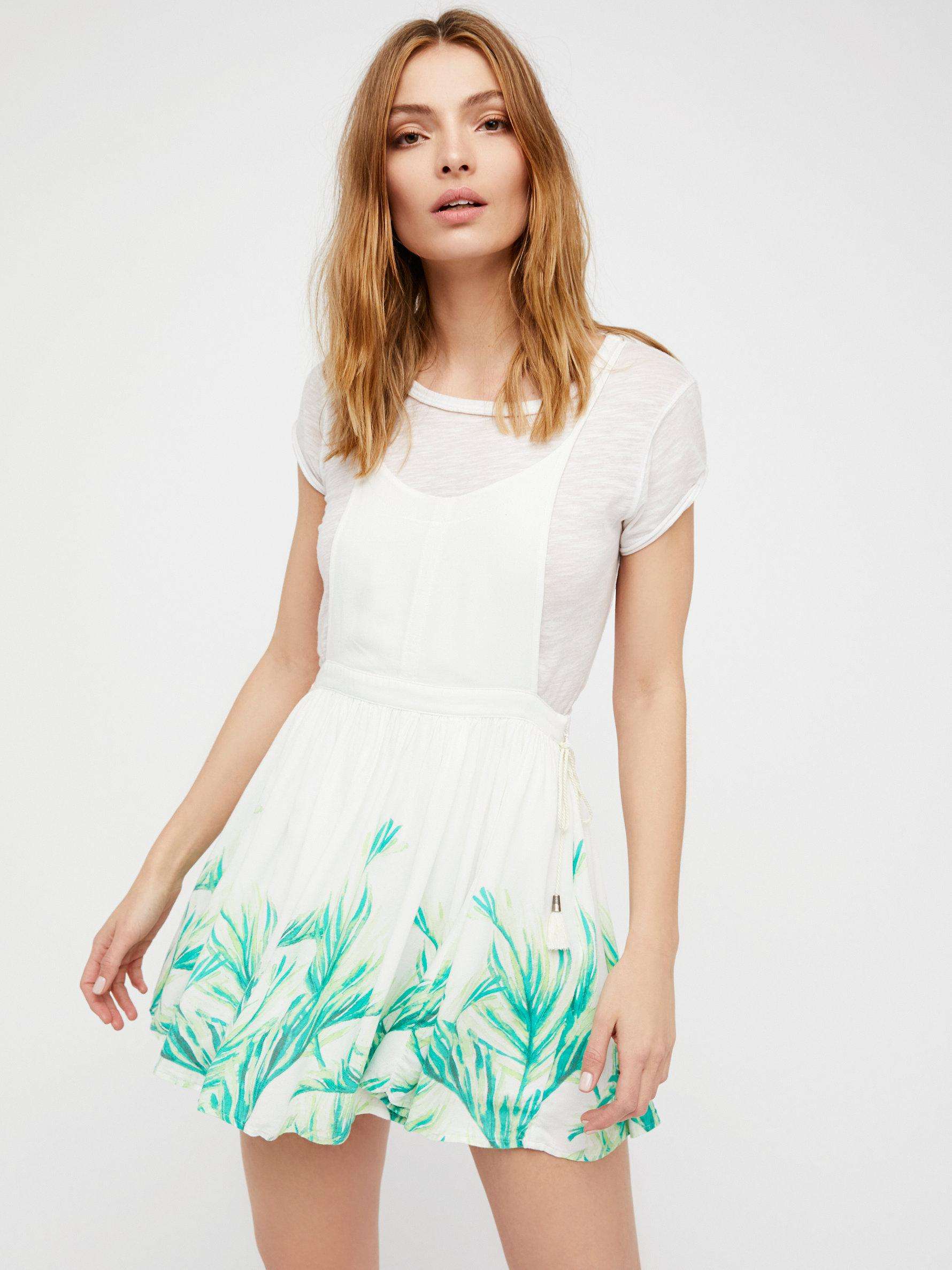 White crepe dress oasis