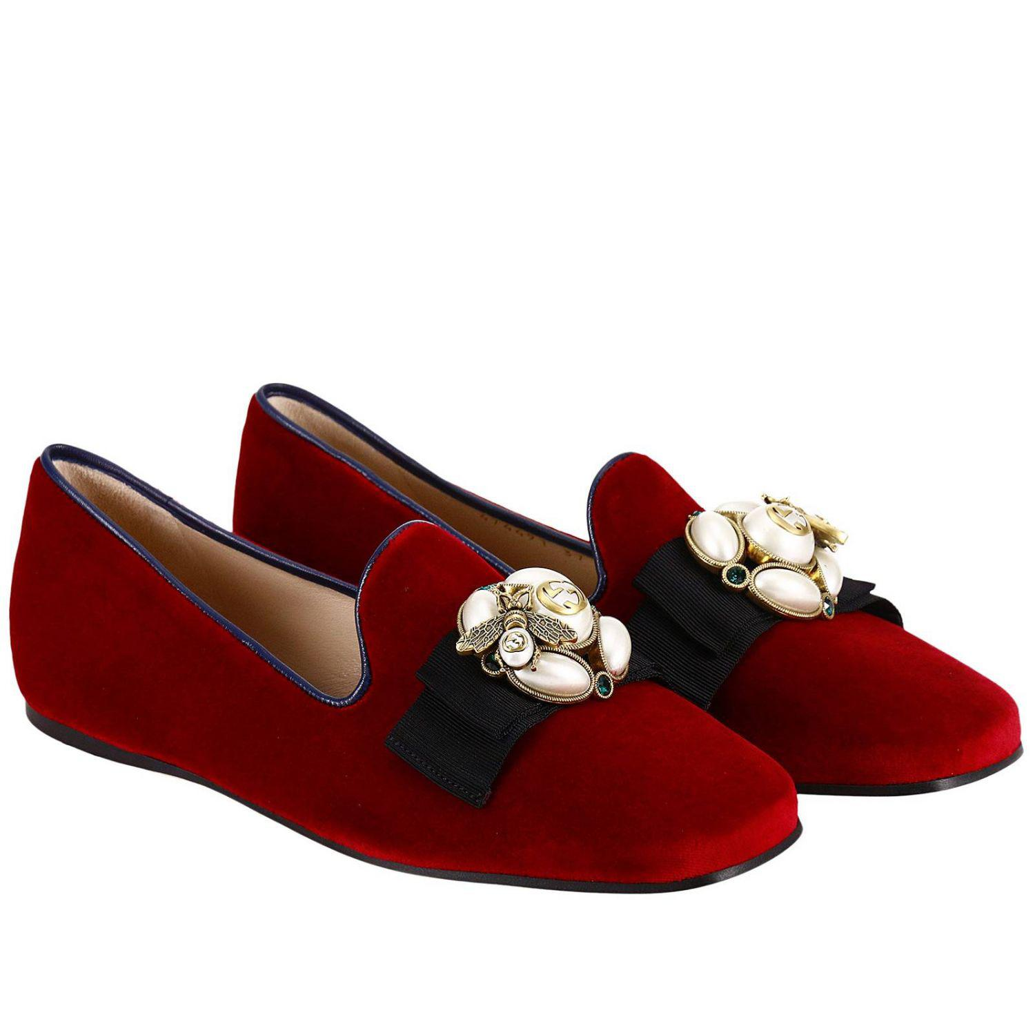 4a5b34f8d1a Gucci Etoile Loafers In Soft Velvet With Macro Bow And Bee Detail in ...