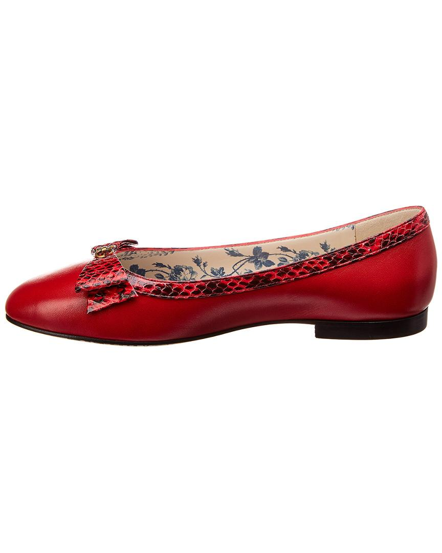 bf2ab5ec6d09 Lyst - Gucci Yva Snakeskin Bow   Leather Flat in Red