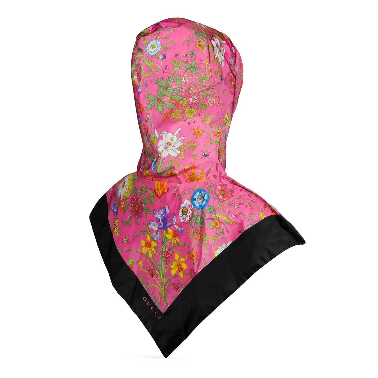 8373cc9261d4 Gucci - Black Nylon Hood With Flora Print - Lyst. View fullscreen