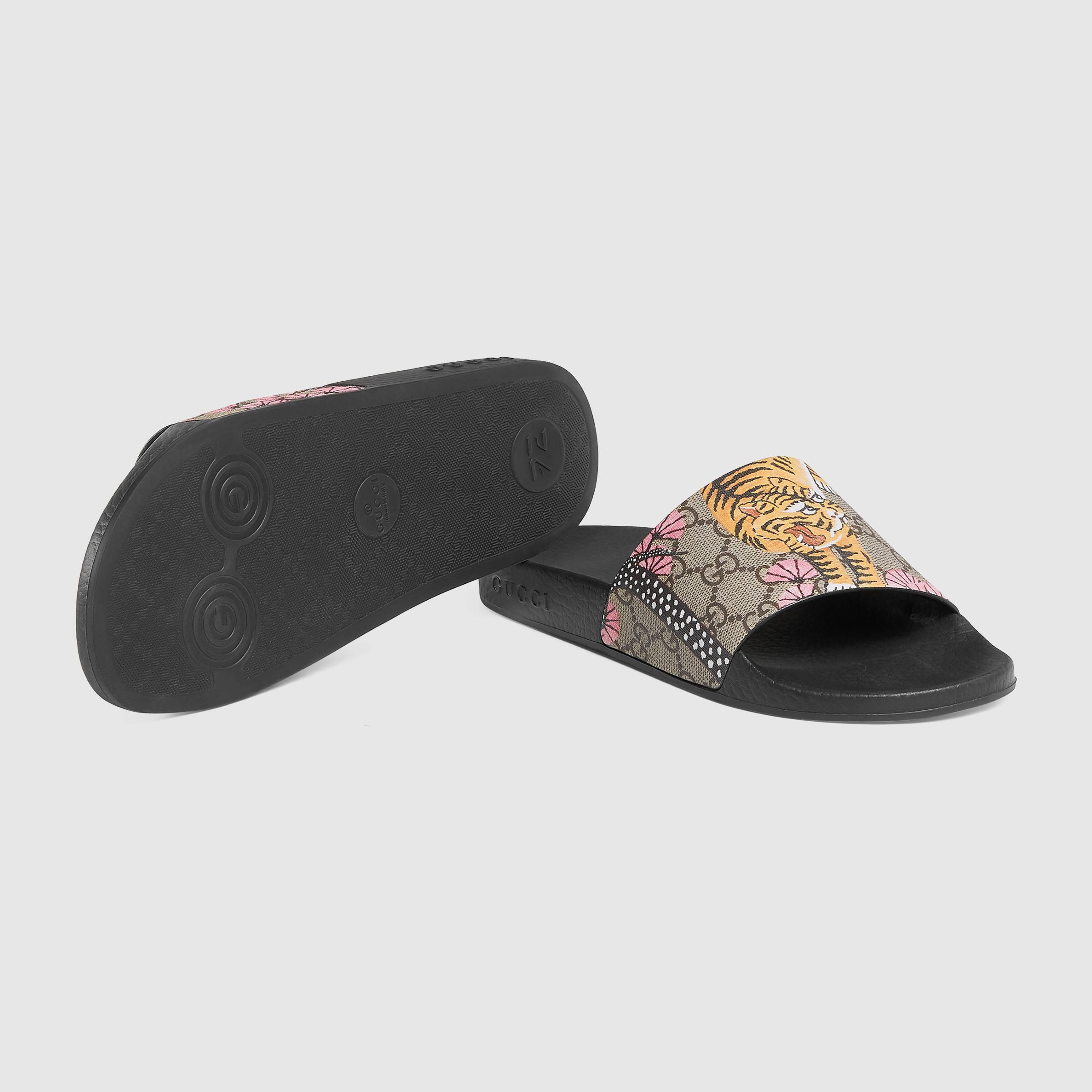 de6ea2a9fe903e Lyst - Gucci Pursuit Bengal Slide Sandal