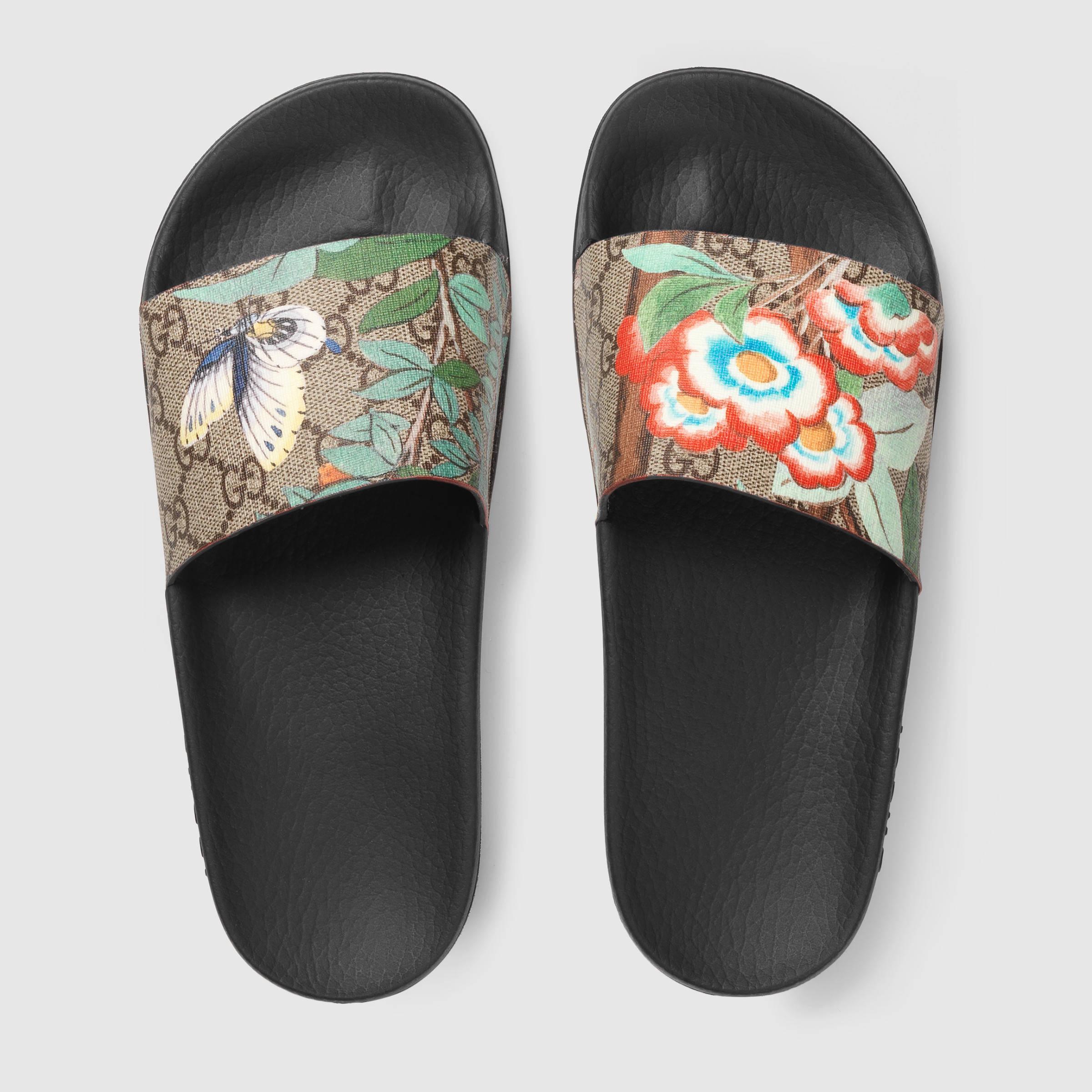 Lyst Gucci Tian Pursuit Canvas Slides