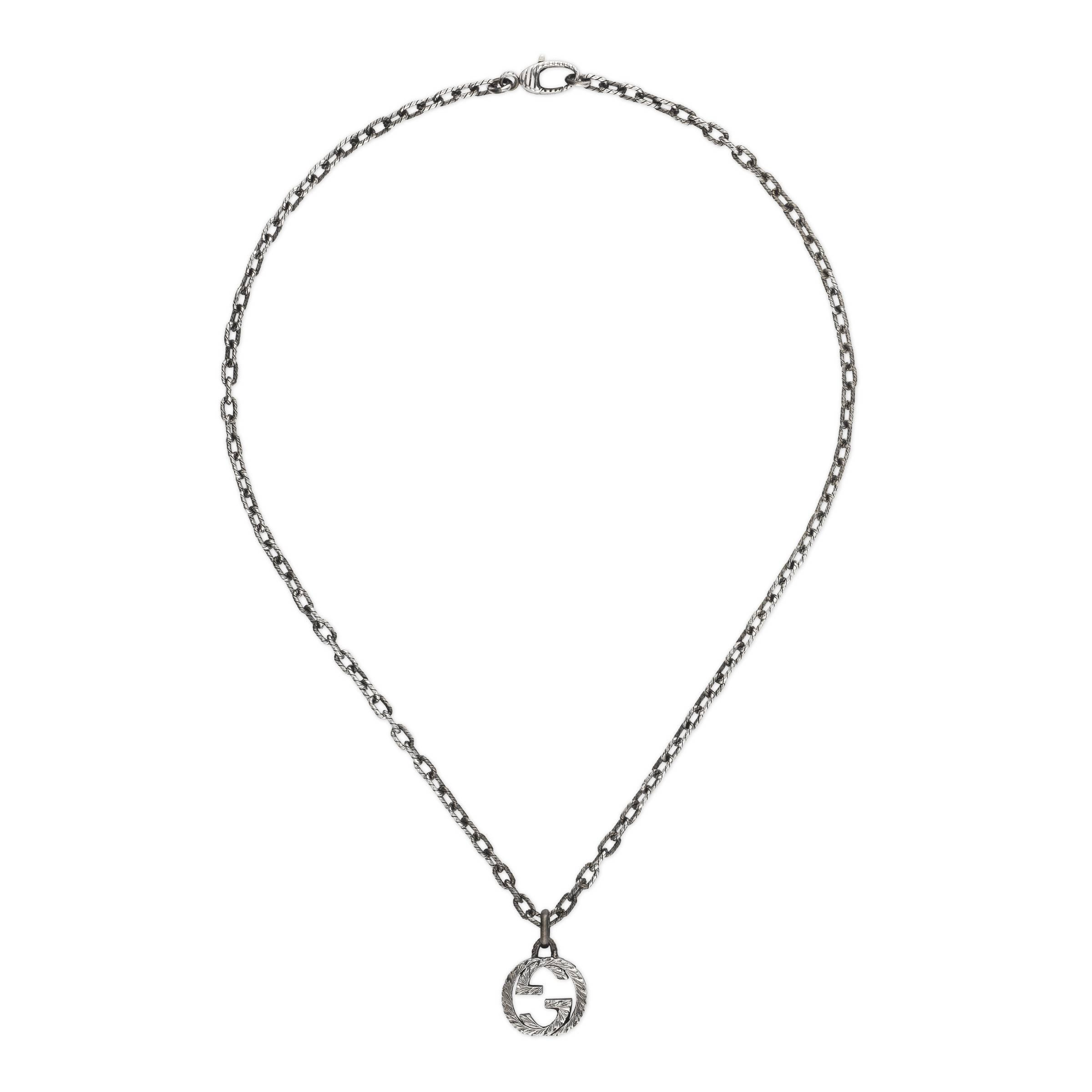 7c08a2b4986b Gucci - Metallic Collar con Colgante de G Entrelazada for Men - Lyst. Ver  en pantalla completa